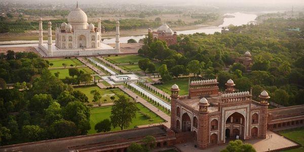 Taj Mahal from Delhi