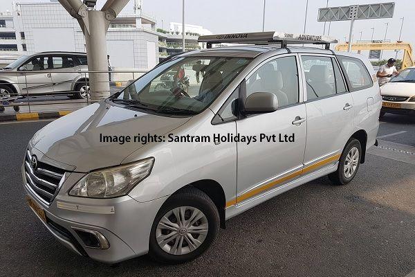 Innova Agra car tour
