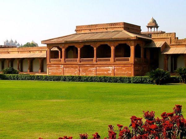 Diwan i aam at Fatehpur Sikri
