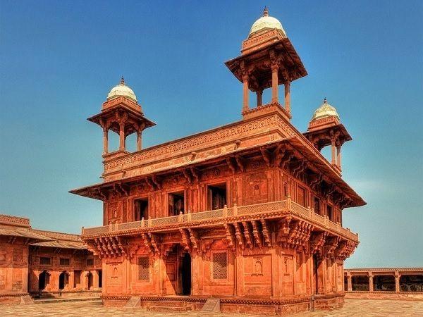 Diwan i Khas at Fatehpur Sikri