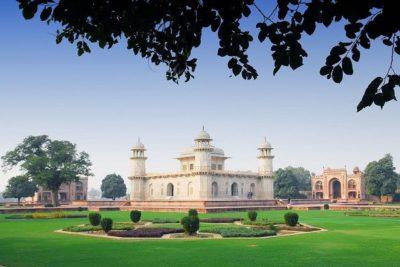 itmad ud daulah Agra
